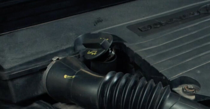 Ölfilter Ford Fiesta V jh jd 1.3 2003 wechseln: Kostenlose Reparaturhandbücher