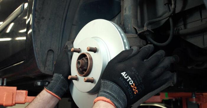 Wechseln Bremsscheiben am FORD Fiesta Mk5 Schrägheck (JH1, JD1, JH3, JD3) 1.25 16V 2004 selber