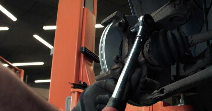 Bremsscheiben am FORD Fiesta Mk5 Schrägheck (JH1, JD1, JH3, JD3) 1.6 TDCi 2006 wechseln – Laden Sie sich PDF-Handbücher und Videoanleitungen herunter