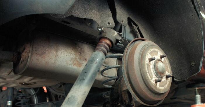 Recommandations étape par étape pour remplacer soi-même Ford Fiesta V jh jd 2004 ST150 2.0 Amortisseurs