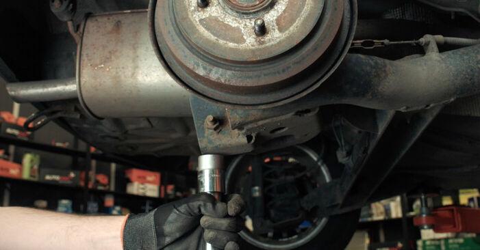 Combien de temps dure le remplacement : Amortisseurs sur Ford Fiesta V jh jd 2009 - manuel PDF informatif