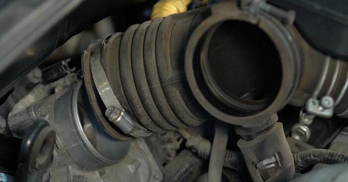 Austauschen Anleitung Zündkerzen am Lexus RX XU30 2007 3.3 400h AWD selbst