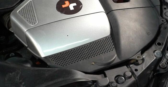 Austauschen Anleitung Bremsscheiben am Lexus RX XU30 2007 3.3 400h AWD selbst