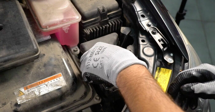 Πώς να αλλάξετε Τακάκια Φρένων σε Lexus RX XU30 2003 - δωρεάν εγχειρίδια PDF και βίντεο οδηγιών