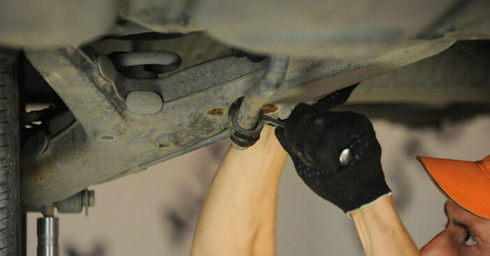 How to replace Anti Roll Bar Bushes on VW SHARAN (7M8, 7M9, 7M6) 2000: download PDF manuals and video instructions