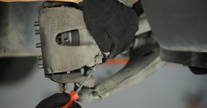 Wie schmierig ist es, selber zu reparieren: Bremssattel beim FORD FOCUS II (DA_) 1.8 Flexifuel 2010 wechseln – Downloaden Sie sich Bildanleitungen