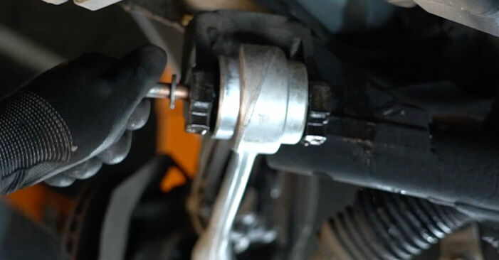 Как се сменя Носач На Кола на BMW 5 (E39) 520i 2.0 1998 самостоятелно