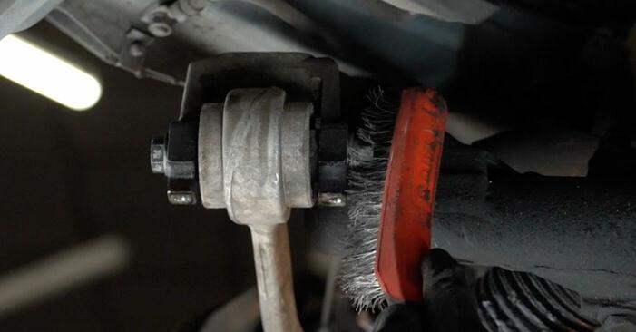 Не е трудно да го направим сами: смяна на Носач На Кола на BMW E39 525i 2.5 2001 - свали илюстрирано ръководство