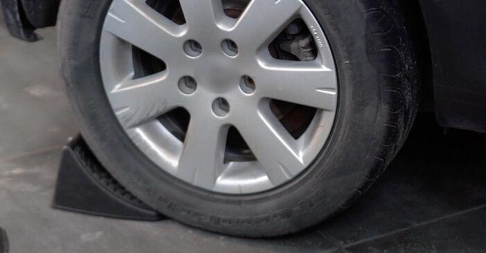 Så byter du VW Golf V Hatchback (1K1) 1.9 TDI 2004 Bromsbelägg – manualer och videoguider att följa steg för steg