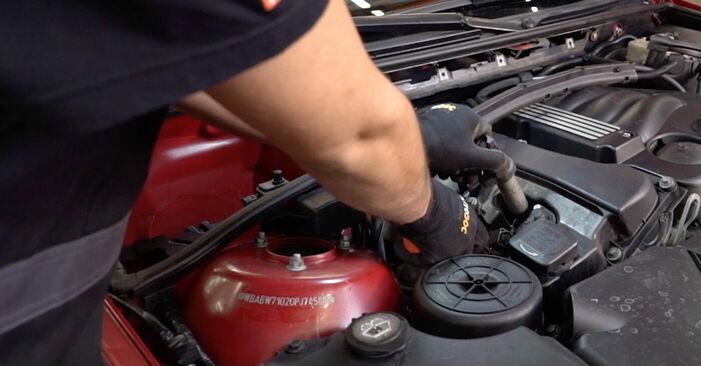 Zweckdienliche Tipps zum Austausch von Zündkerzen beim BMW 3 Convertible (E46) 325Ci 2.5 2004