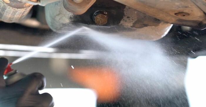 Wie problematisch ist es, selber zu reparieren: Ölfilter beim Skoda Fabia 6y5 1.4 16V 2005 auswechseln – Downloaden Sie sich bebilderte Tutorials