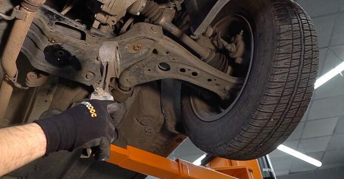SKODA FABIA 2006 Motorlager Stufenweise Anleitung zum Austausch