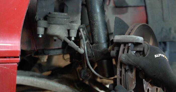 3 Cabrio (E46) 323Ci 2.5 2001 320Ci 2.2 Bremsscheiben - Handbuch zum Wechsel und der Reparatur eigenständig