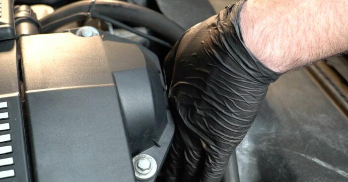 Wie man BMW 5 SERIES 525tds 2.5 1994 Keilrippenriemen wechselt - Einfach nachzuvollziehende Tutorials online