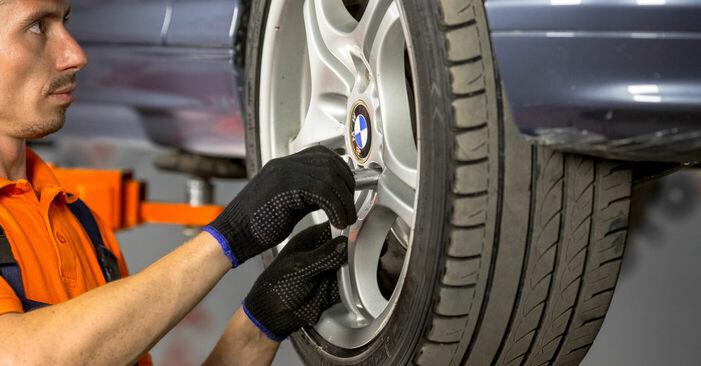 BMW 3 SERIES 316i 1.9 1998 Kerékcsapágy eltávolítás - online könnyen követhető utasítások