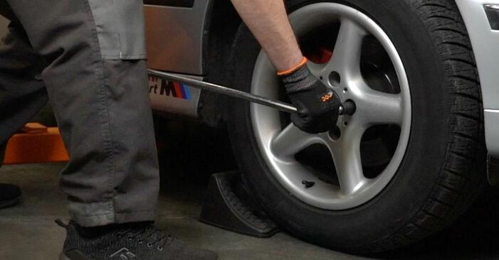 Wie lange braucht der Teilewechsel: Bremsbeläge am BMW E39 2003 - Einlässliche PDF-Wegleitung