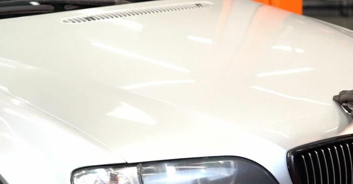 Wie schwer ist es, selbst zu reparieren: Bremsscheiben BMW 3 Touring (E46) 330xd 2.9 2004 Tausch - Downloaden Sie sich illustrierte Anleitungen