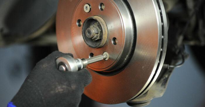 Wie RENAULT SCÉNIC 2.0 2007 Bremsscheiben ausbauen - Einfach zu verstehende Anleitungen online
