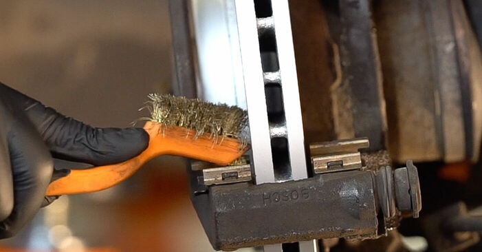 SCÉNIC II (JM0/1_) 2.0 2006 Pastillas De Freno manual de taller de sustitución por su cuenta