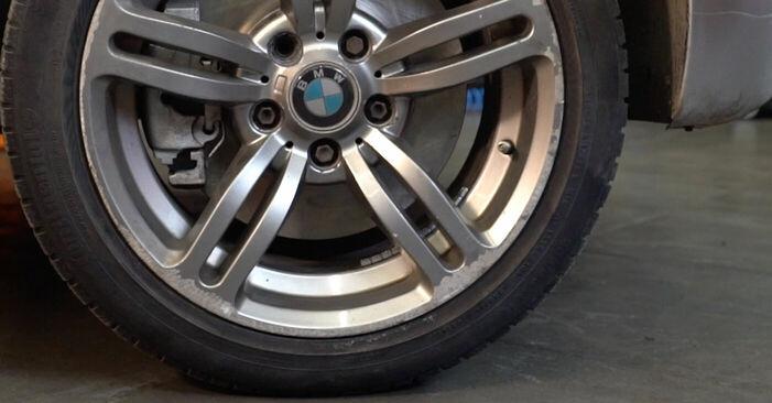 Zweckdienliche Tipps zum Austausch von Bremsschläuche beim BMW 3 Touring (E46) 330d 2.9 2004
