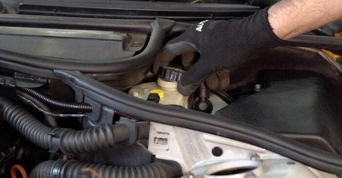 Wie Bremsschläuche BMW 3 Touring (E46) 320d 2.0 1998 tauschen - Kostenlose PDF- und Videoanleitungen