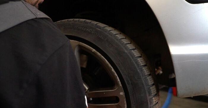 Bremsschläuche am BMW 3 Touring (E46) 330i 3.0 2003 wechseln – Laden Sie sich PDF-Handbücher und Videoanleitungen herunter