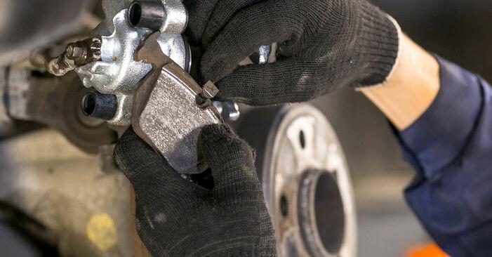 Bremssattel am BMW X5 (E53) 3.0 d 2005 wechseln – Laden Sie sich PDF-Handbücher und Videoanleitungen herunter