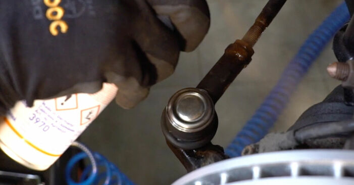 Wechseln Spurstangenkopf am KIA SORENTO I (JC) 3.3 V6 2005 selber