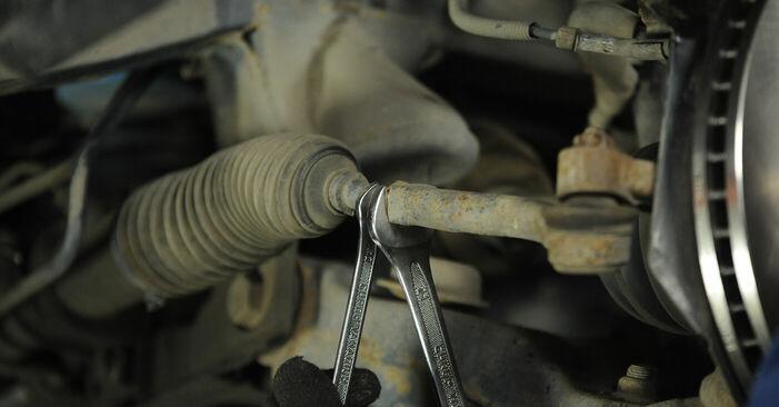 Wie schwer ist es, selbst zu reparieren: Spurstangenkopf KIA Sorento jc 2.4 2008 Tausch - Downloaden Sie sich illustrierte Anleitungen