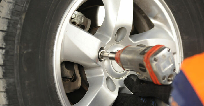 Wechseln Bremsscheiben am KIA SORENTO I (JC) 3.3 V6 2005 selber
