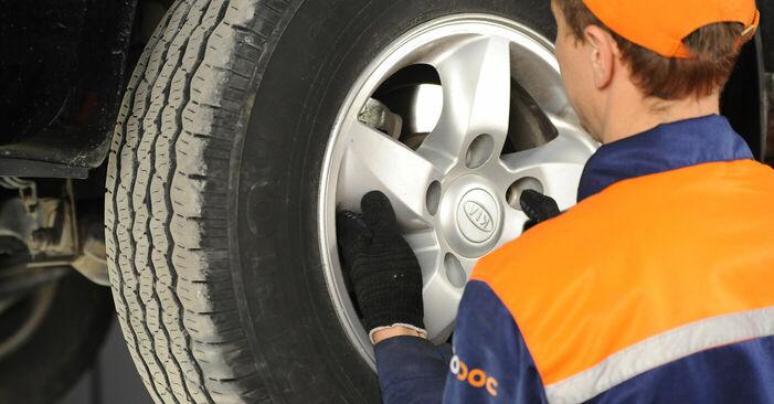 Wie KIA SORENTO 3.5 2006 Bremsscheiben ausbauen - Einfach zu verstehende Anleitungen online