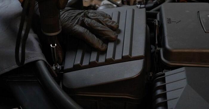 Tauschen Sie Luftfilter beim Audi A3 8p1 2003 2.0 TDI 16V selber aus