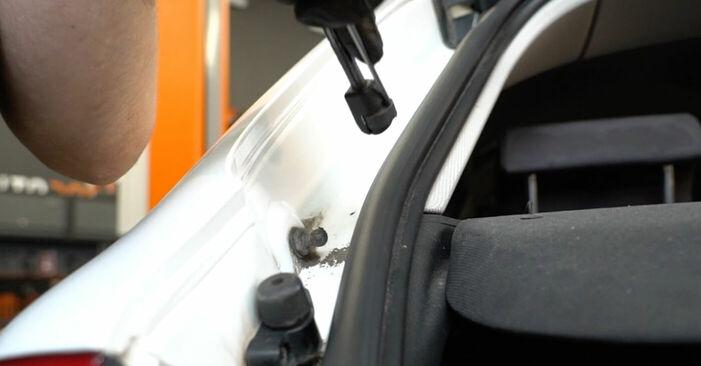 AUDI A3 2010 Heckklappendämpfer Schritt-für-Schritt-Tutorial zum Teilewechsel