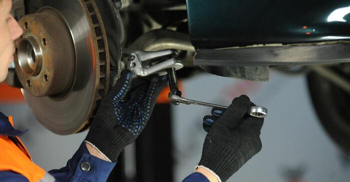 Wie man Federn am BMW 5 Limousine (E39) 2000 wechselt – Laden Sie sich PDF-Wegleitungen und Videoanweisungen herunter