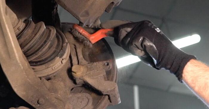 KIA SORENTO 3.5 Bremsbeläge ausbauen: Anweisungen und Video-Tutorials online