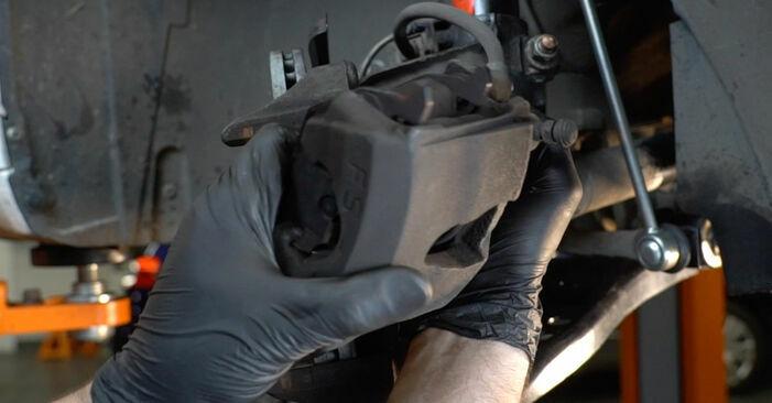 AUDI A3 1.6 FSI Bremsbeläge austauschen: Handbücher und Video-Anleitungen online