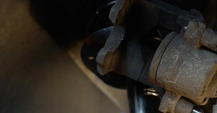 Tauschen Sie Bremsbeläge beim Audi A3 8p1 2003 2.0 TDI 16V selber aus