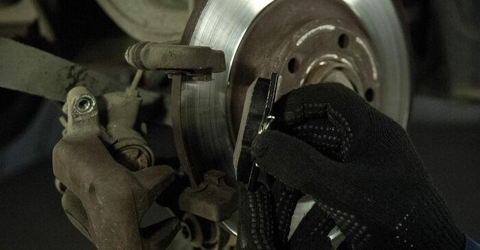 Recomendaciones paso a paso para la sustitución por su cuenta Peugeot 407 Berlina 2009 2.0 HDi Pastillas De Freno
