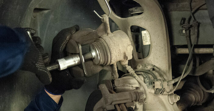 How to change Brake Pads on Peugeot 407 Saloon 2004 - free PDF and video manuals
