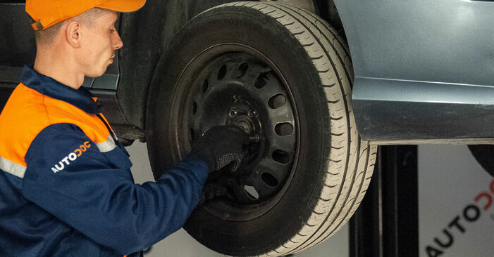 How hard is it to do yourself: Brake Pads replacement on Peugeot 407 Saloon 2.0 16V 2010 - download illustrated guide