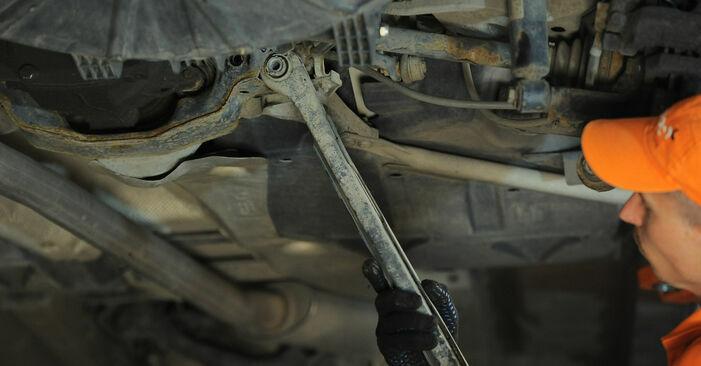 Querlenker beim BMW X3 xDrive30d 3.0 2010 selber erneuern - DIY-Manual
