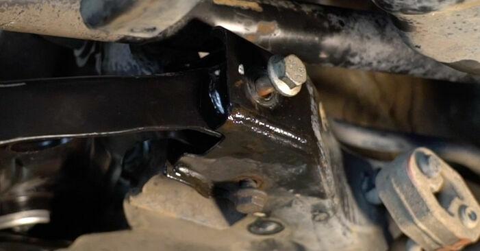 Stufenweiser Leitfaden zum Teilewechsel in Eigenregie von VW Polo 5 Limousine 2010 1.6 Querlenker