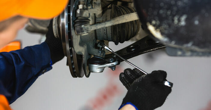 How to remove MERCEDES-BENZ A-CLASS A 190 1.9 (168.032, 168.132) 2001 Control Arm - online easy-to-follow instructions