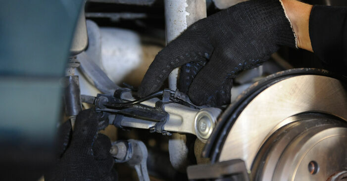 Querlenker BMW E39 528i 2.8 1997 wechseln: Kostenlose Reparaturhandbücher