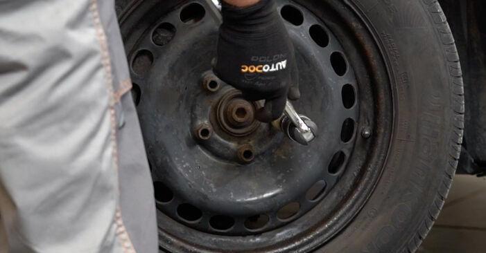 Focus II Schrägheck (DA_, HCP, DP) 1.6 Ti 2006 Bremsbeläge - Anleitung zum selber Austauschen