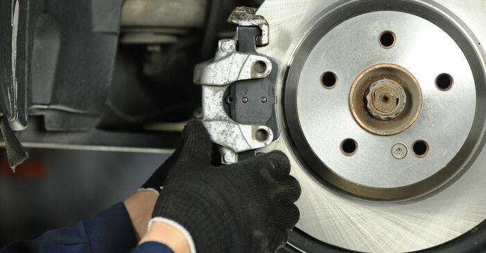 Zweckdienliche Tipps zum Austausch von Bremsscheiben beim MERCEDES-BENZ E-Klasse Limousine (W211) E 320 CDI 3.2 (211.026) 2008