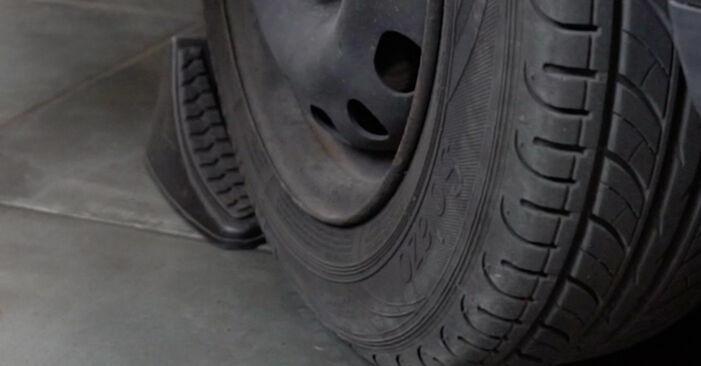 Så byter du OPEL Corsa B Hatchback (S93) 1.0 i 12V (F08, F68, M68) 1994 Bromsskivor – manualer och videoguider att följa steg för steg