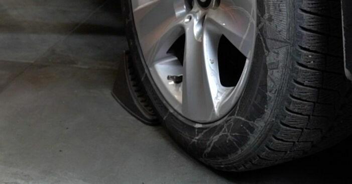 Wymiana Wahacz BMW E60 2001 - darmowe instrukcje PDF i wideo