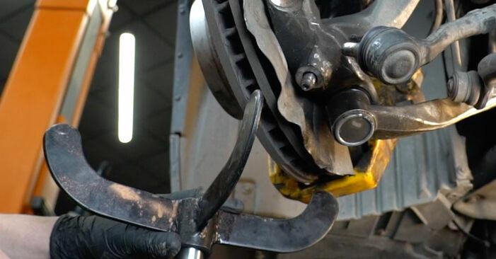 Jak zdjąć BMW 5 SERIES 525d 3.0 2005 Wahacz - łatwe w użyciu instrukcje online