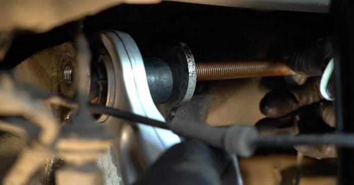 Ersetzen Sie Querlenker am BMW 5 Limousine (E60) 520i 2.2 2004 selber